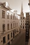 Старый город, где и расположена гостиница Dome, входит в список всемирного наследия ЮНЕСКО